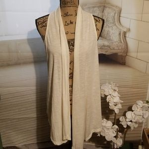 Bongo Ivory coverup with back lace Size L in EUC